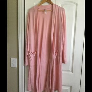 Pink Duster with pockets, size large
